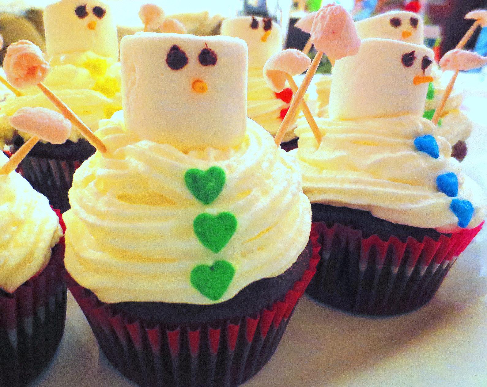 Cupcakes Todo Chocolate Y Munecos De Nieve Je Cuisine Donc Je Suis