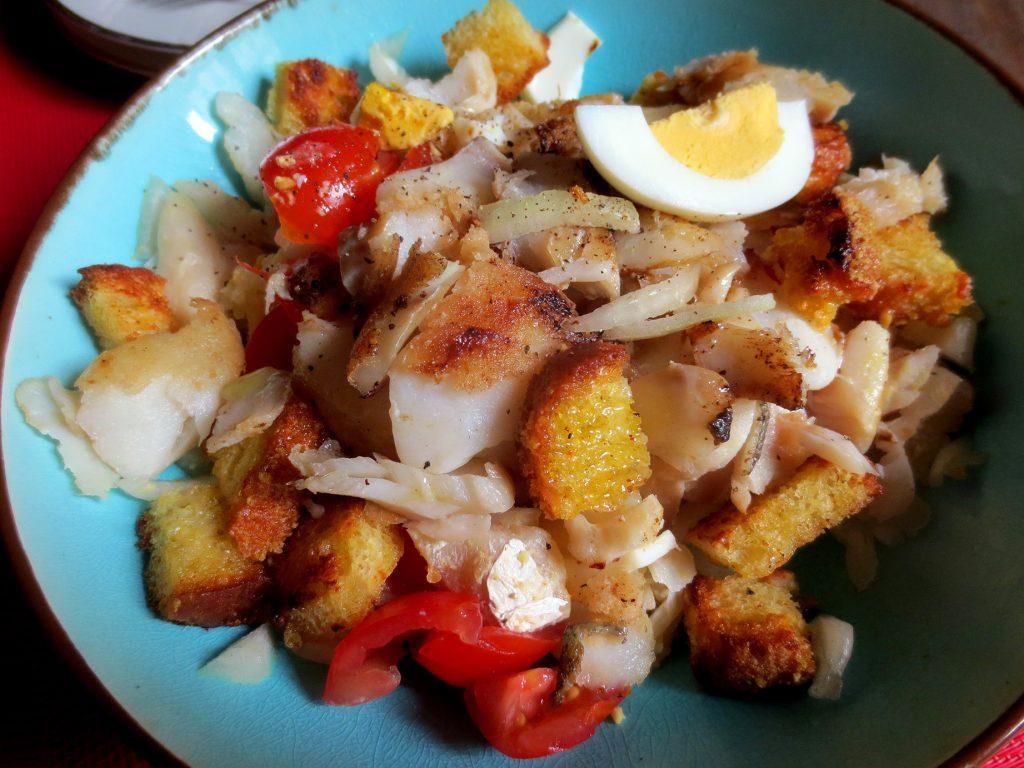 Salada de bacalhau com broa salade de morue pain de for Salade pour accompagner poisson